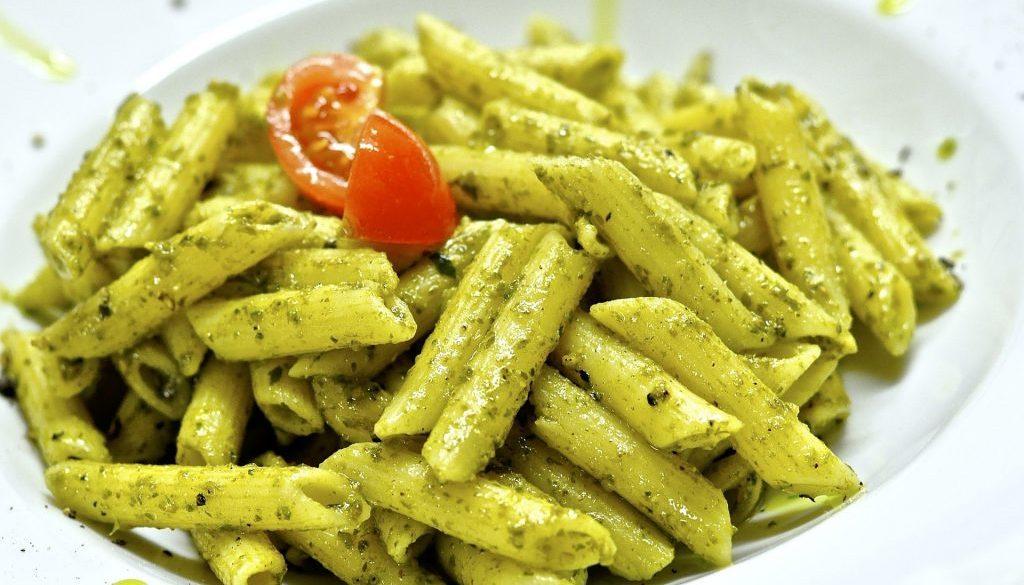 Penne mit Pesto