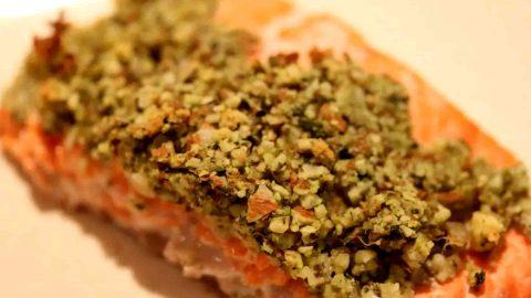 Lachs mit Kräuterkruste