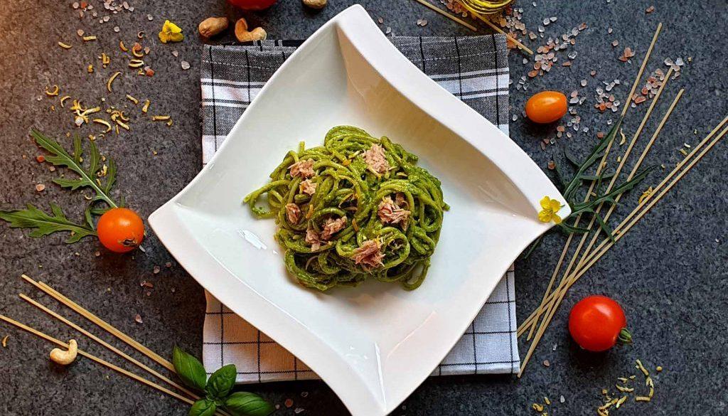 Pasta mit Thunfisch und Rucola Pesto