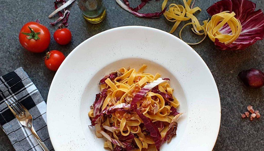 pasta mit radicchio und speck
