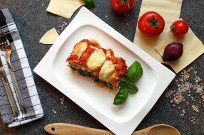 spinat ricotta lasagne mit tomatensauce