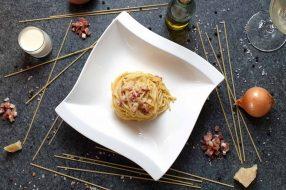 Spaghetti Carbonara mit Sahne Soße